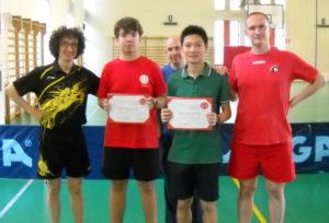 I tre tecnici leoniani con i premiati della seconda edizione del premio Fin Giancarlo