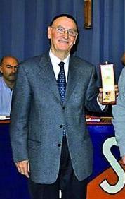 Il Fondatore Fin Giancarlo ritira il premio alla carriera del CSI Vicenza